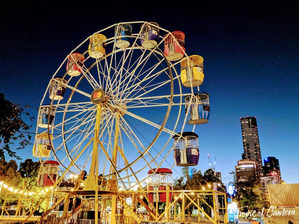Ferris Wheel in Melbourne at Night